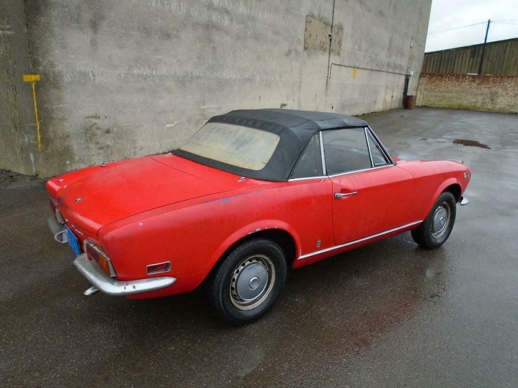 Fiat 124 1 6 Bs1 Sport Spider 1972 For Sale Classic Cars And Campers